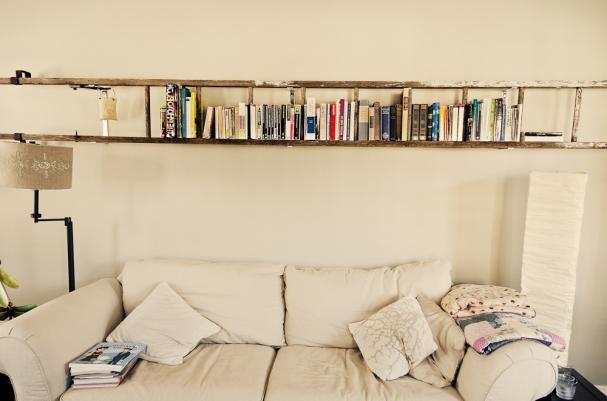 DIY wooden ladder shelf for your living room