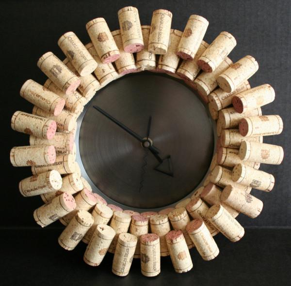 DIY Easy Wine Cork Clock