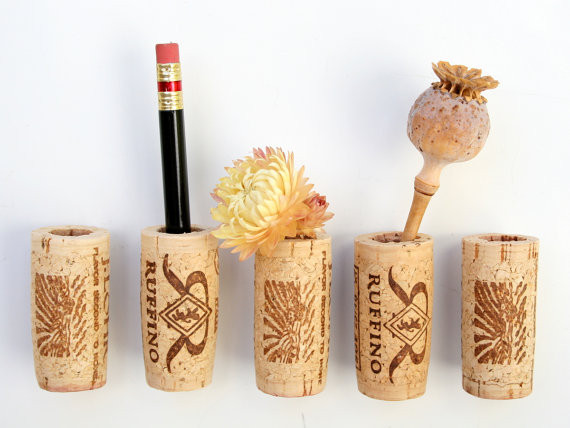 DIY Wine Cork Stand