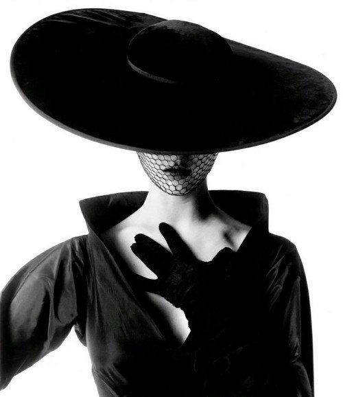 old vogue portrait of jean patchett by irving penn
